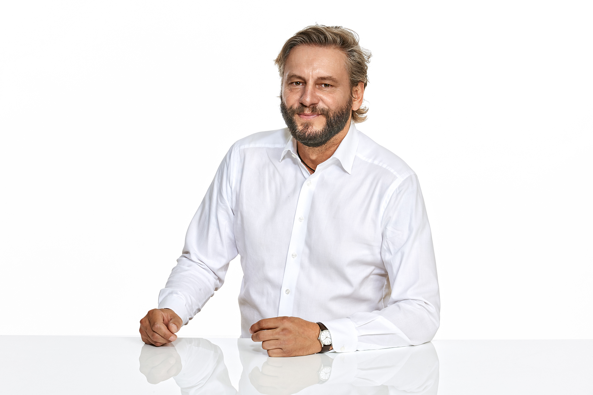 LTE   P. Strobl