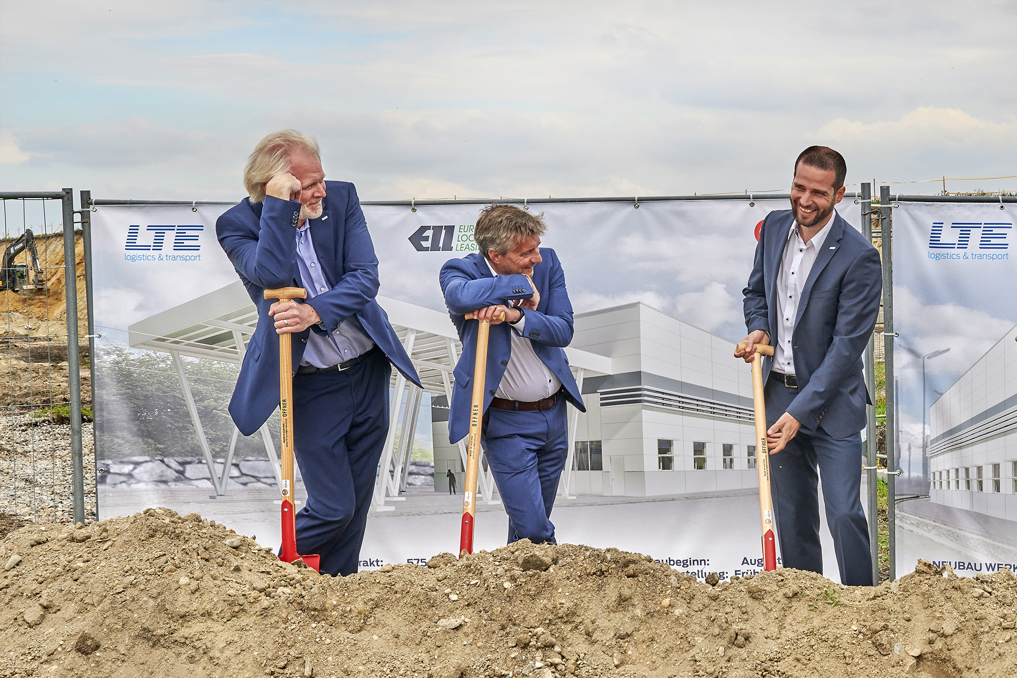 Groundbreaking - from left: Mandl, Benda, Kollnig