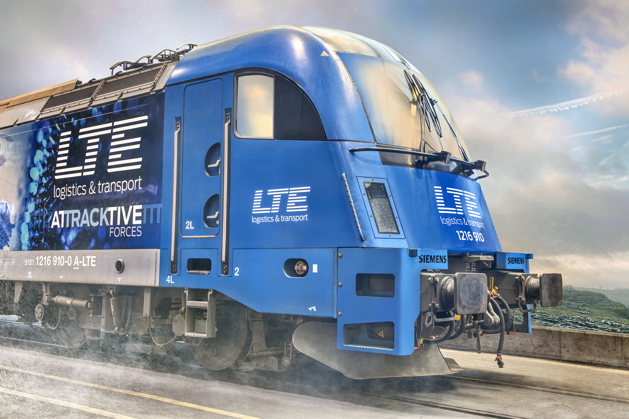 Attracktive Forces | LTE P. Strobl